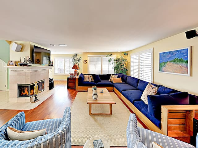 Ocean-View Beach Beauty w/ Rooftop Deck & Fireplaces