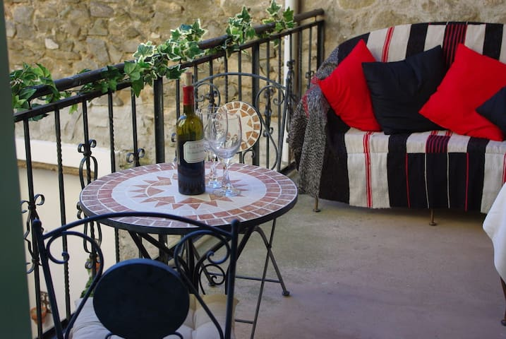Tranquility and comfort at Gite Liberté - Aigues-Vives