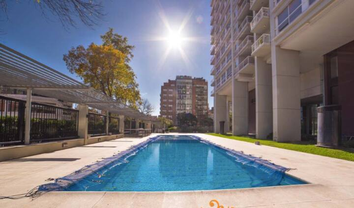 Luxury 2 bedroom apt with  Pool + Gym + More
