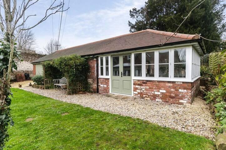 Visit Herefordshire!! Lady Garden Annex