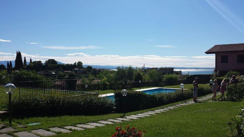 Casa in Residence con Piscina e Giardino Privato - Padenghe Sul Garda