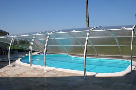 Longère avec piscine Caden (Morbihan) - Caden - Hus