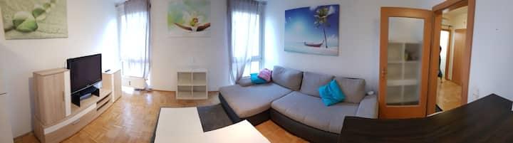 Zentrales, gemütliches Apartment mit Garagenplatz