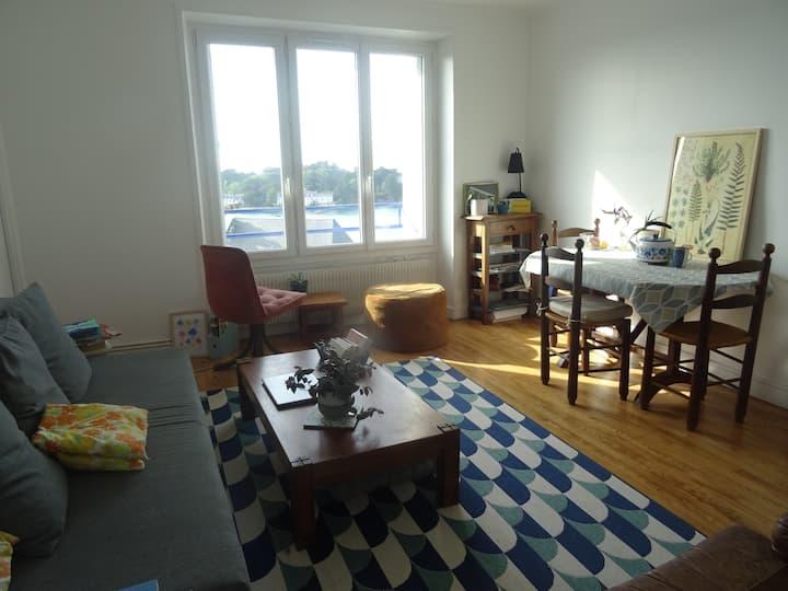 Appartement vue mer, très proche plages