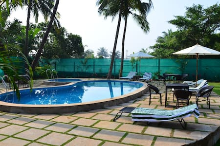 LUXURY 2 BEDROOMS STAY IN THE HEART OF GOA 4
