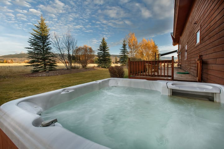 Hot Tub with views of the Tetons.