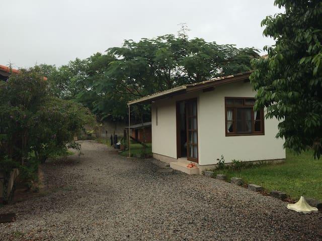 Suite Privada no Campeche - 弗洛里亞諾波利斯