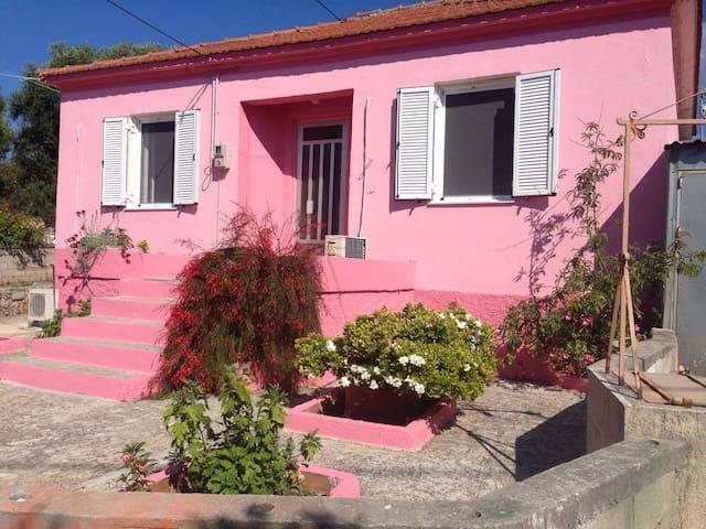The Little Cottage of Pesada