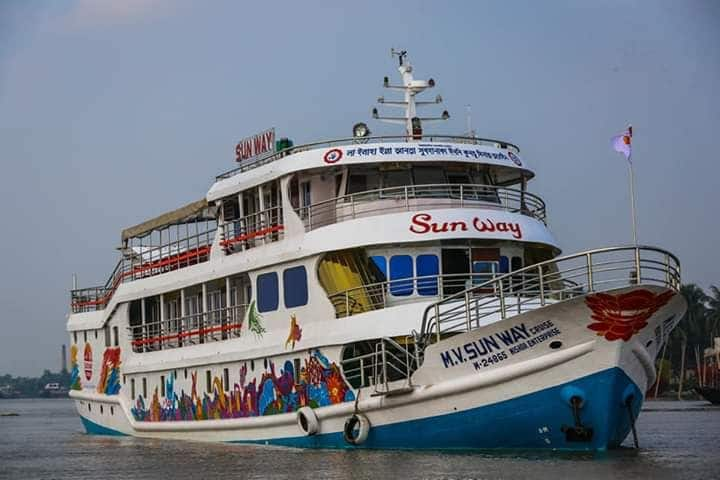 Living Tourist Boat For Visit Sundarban Forest bd