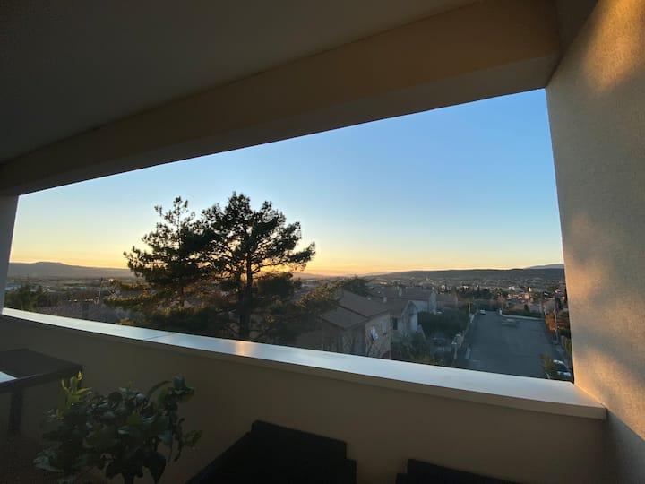 T3 Duplex 4 p. avec vue panoramique sur le Luberon