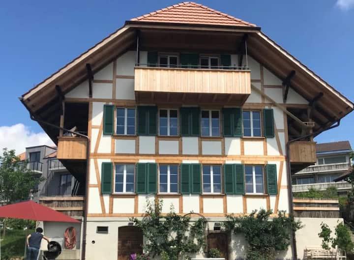 2-Zimmer-Dachwohnung Wohlensee