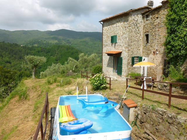 Tuscan Farmhouse with Pool and Stunning Views