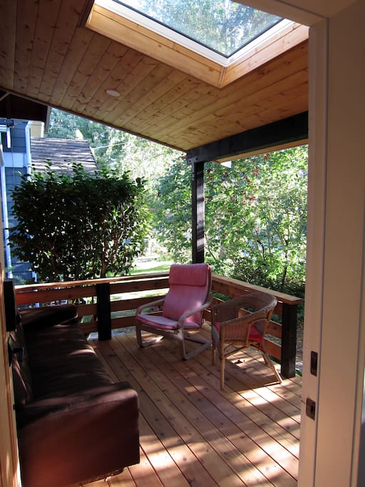 Spacious covered deck to enjoy the hot or rainy days
