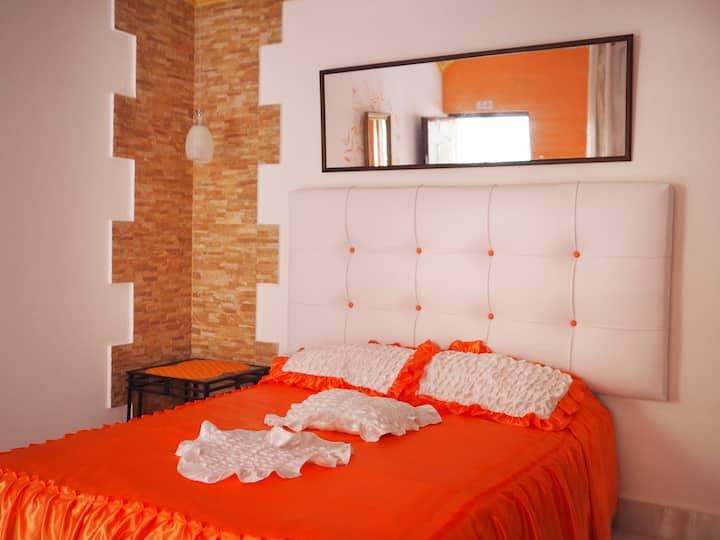 Xanadú B & B Orange Room