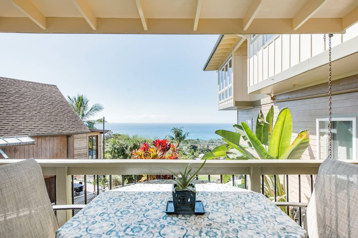 Hale Kea - A Relaxing Apartment with Ocean Views in Kona