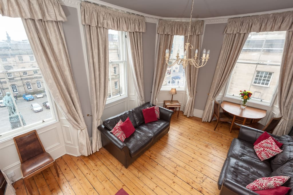 Very comfortable lounge with incredible views of the historic Royal Mile below. Secondary glazing to assist a good nights sleep when the sofa bed is required.
