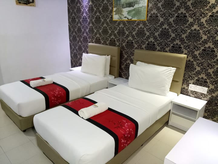 MOTEL FYNA (TWIN STANDARD ROOM WITH BREAKFAST)