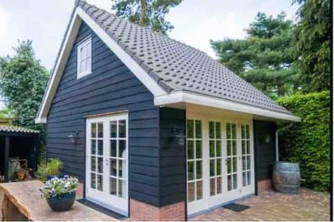 Private guesthouse near Amsterdam