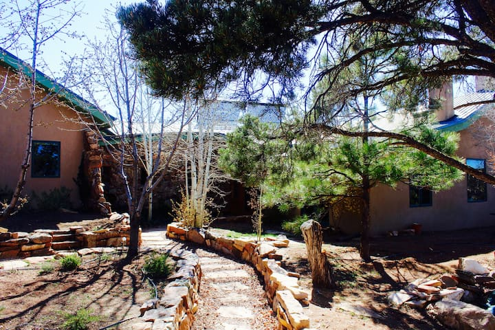 Majestic Mountain Home - Santa Fe - Huis