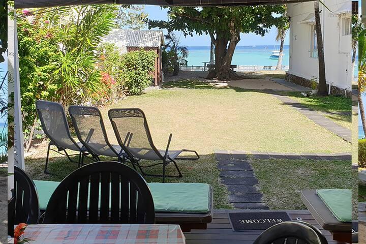 CASANOU Beachfront Property - Cyrano