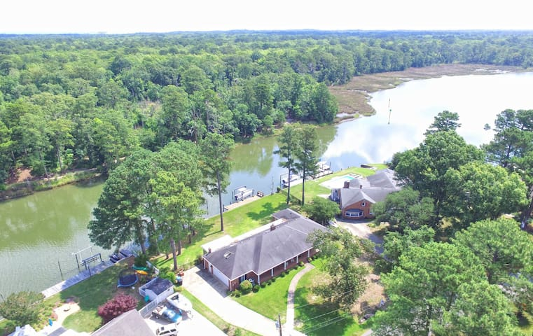 Island Home with Deep water, Boat dock and Lift