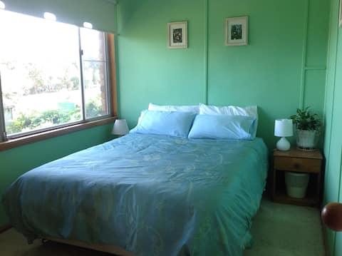Quiet room, comfortable rural home