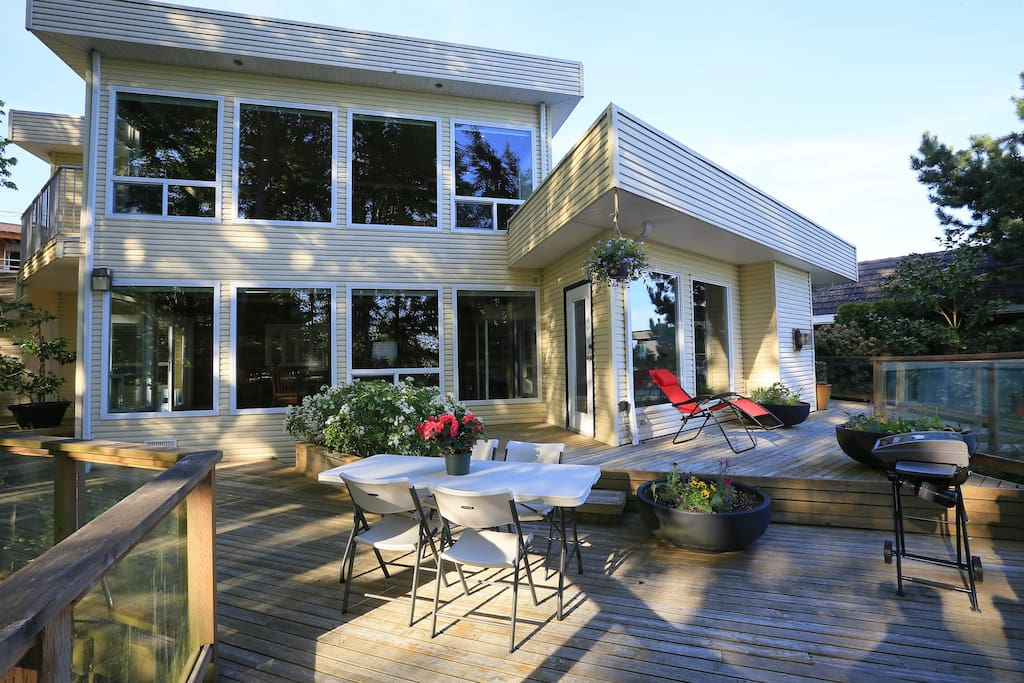 Luxury Waterfront Romantic Private Houses For Rent In White Rock British Columbia Canada