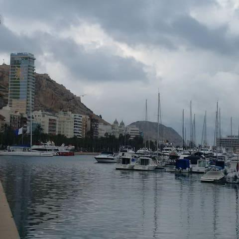 Puerto Alicante