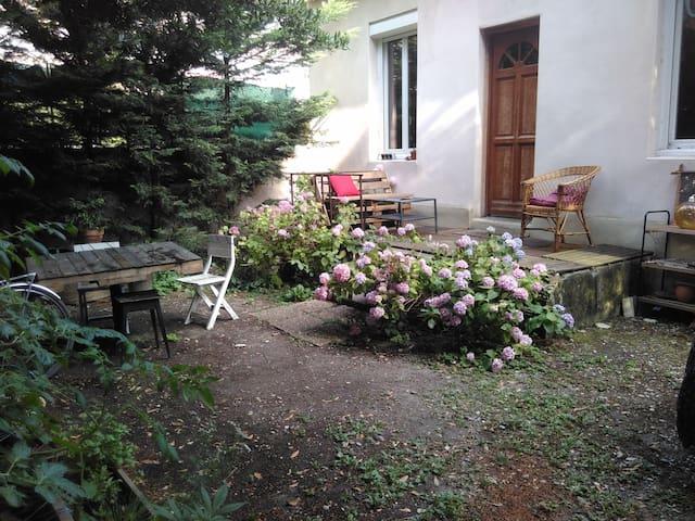 Maison avec Jardin Villeurbanne - Villeurbanne - Hus