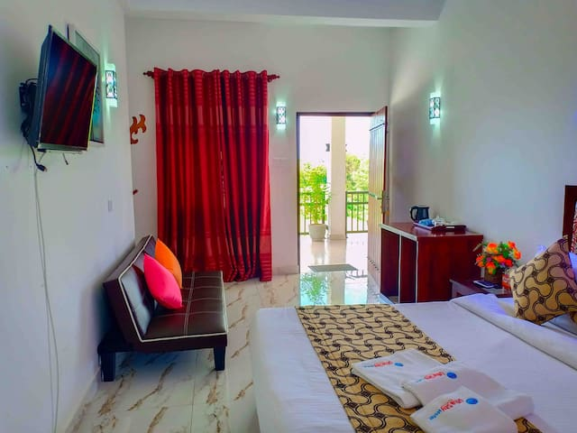 Otha shy Air Port Hotel Deluxe Room with Balcony