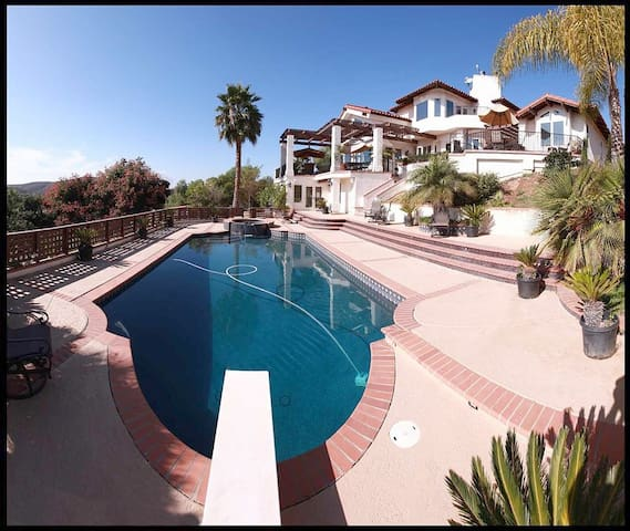 Ranch By The Sea 12 bedrooms & 8 bathrooms - Escondido - Ev