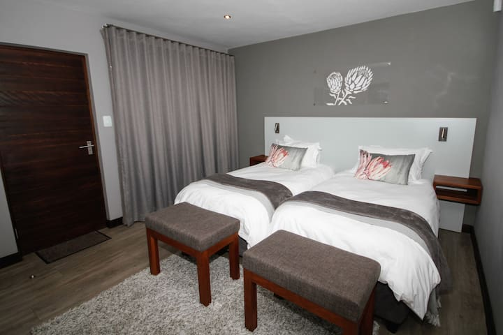 Tsessebe Annex luxurious rooms. Room 11