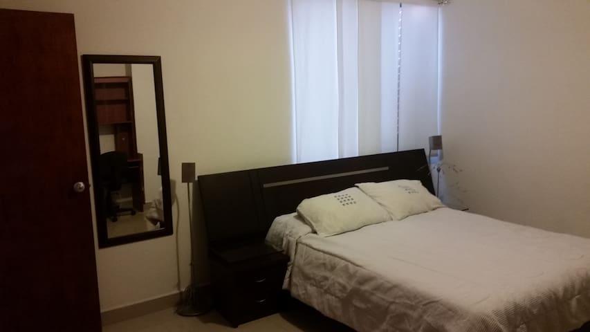 private room in laureles