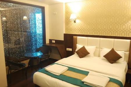 Royal Suite with MAP in Vasai East