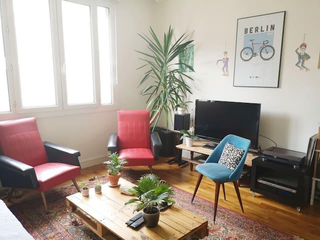 Chambre dans bel appartement, proche gare & centre