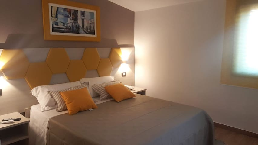 B&B Il Campanile - Yellow Room