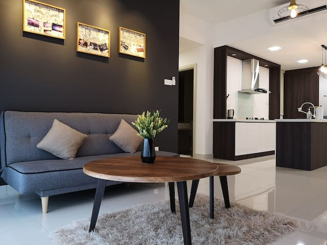 Mosaic Southkey 2BR B26 Luxurious Home@JB town