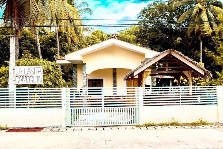 LaCasita1-2BD Staycation Home w/ unli WIFI & cable