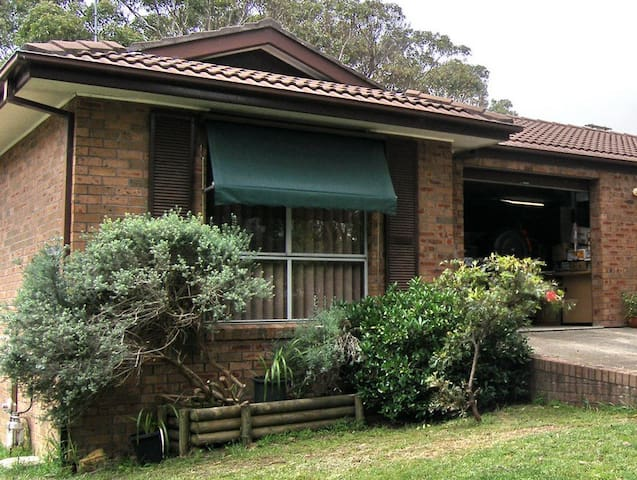 BLUE MOUNTAINS, WENTWORTH FALLS, RETREAT - Wentworth Falls - วิลล่า