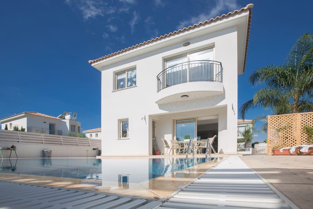 Cyprus In The Sun Villa Palm 17 Gold