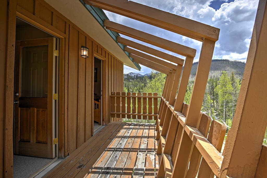 This Winter Park home offers a balcony with unobstructed mountain views!