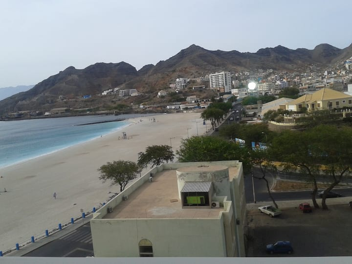Copacabana Beach Apartment, Mindelo