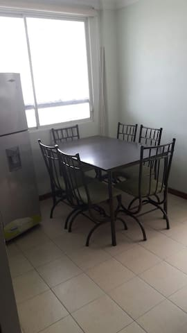 Apartamento completo/Fully furnished apartment - Loja - Wohnung