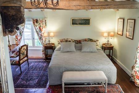 Chambres d'hôtes, gites de charme Cuq en Terrasses - Cuq-Toulza