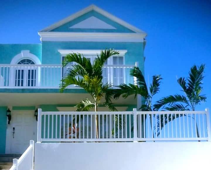 'Sunset Vista' - Negril Oceanfront Townhouse