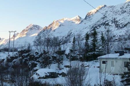 Ersfjord Mountain Cottage Northern Norway - Tromsø - Cabana