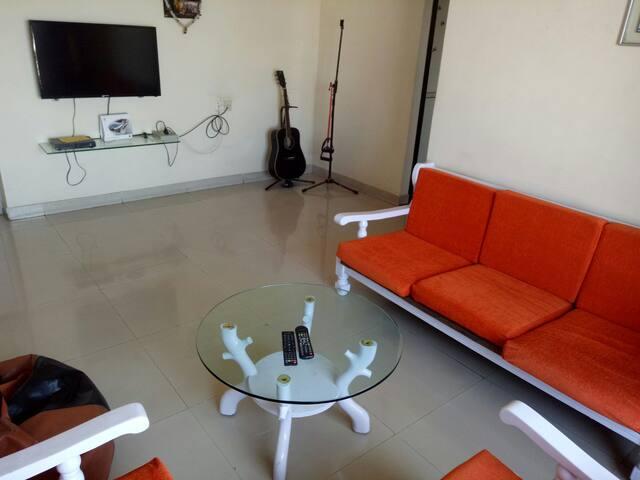 Shared room in Mumbai & free wifi! - Mumbaj - Apartament
