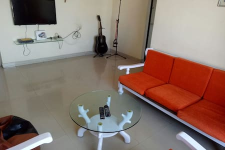 Shared room in Mumbai & free wifi! - Mumbai