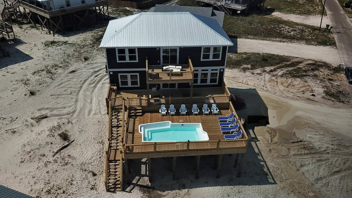 Island Time V - New 5 Bedroom Gulf-side with Pool, Game Room, 2 Master Suites, great Views!