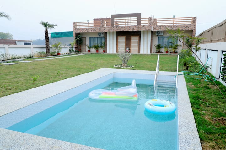 R K Villa - Entire place | Swimming Pool | Garden
